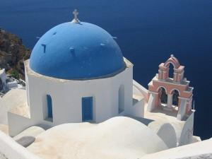 Santorini, estampa típica e ideal de los cruceros por el Mediterráneo. Foto de chiang_yen_yi.