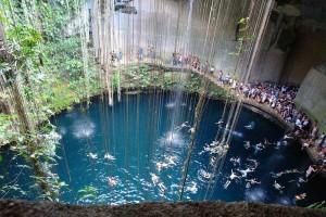 Cenote de Ikkil en Yucatán. Foto de Elvis Pépin.