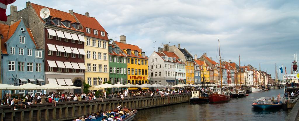 La animada Copenhague posee lugares encantadores como el Puerto Viejo. Foto de Ludo 29.