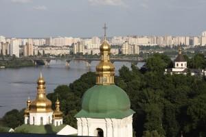 Kiev, curiosa mezcla de arquitectura soviética y arquitectura rusa medieval. A descubrir.