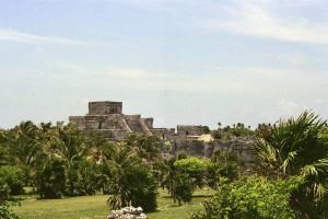 Templos mayas de Yucatan, en Tulum. Foto de Scotten.